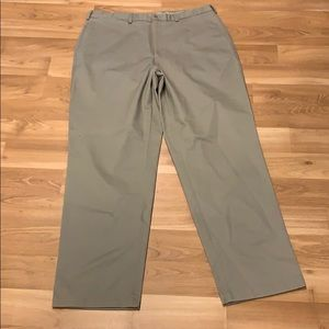 Cabela's khaki work trouser size 38X32 NWOT